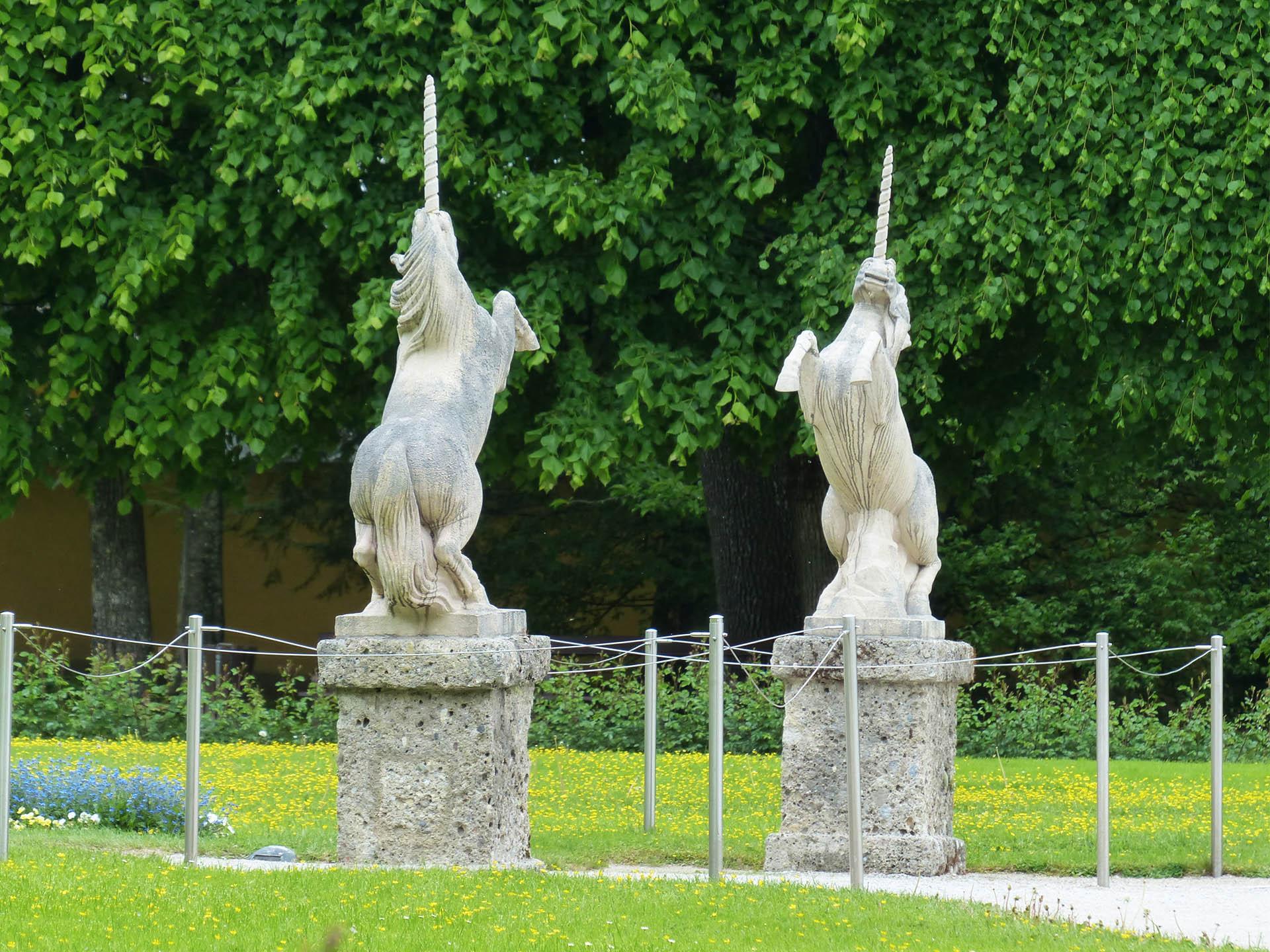 unicorn-in-garden